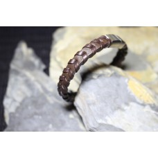 Pulseira aço com pele castanha entrelaçada com 21.5cm