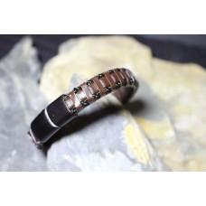 Pulseira aço com pele castanha entrelaçada com malha aço com 21cm
