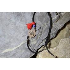Pulseira fio algodão com medalha coração viana